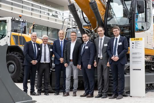 Fuhrpark erweitert: Fünf Raupenbagger für Meyer Erdbau
