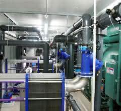 Energiezentrale mit Absorptions-Kältemaschine