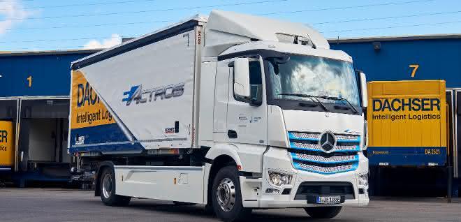 Mercedes-Benz eActros startet für Dachser in Stuttgart
