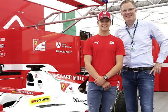 Intralogistik: F2-Rennfahrer Mick Schumacher als Markenbotschafter
