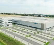 Automatisierung: Dematic automatisiert Siemens-Werk mit AutoStore