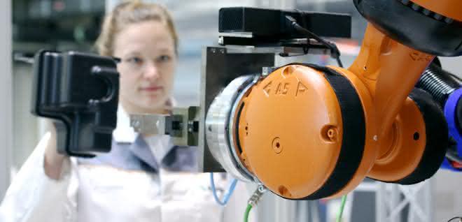 MRK: Roboter erkennen Gesten und Mimik