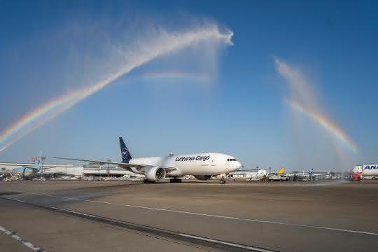 """Konnichiwa Japan"": Lufthansa Cargo tauft neue B777F"