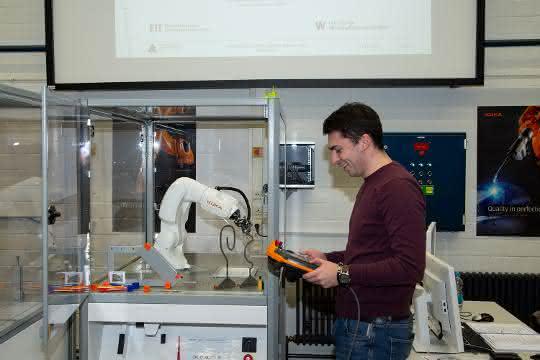 Ausbildung: Der Roboter als Kommilitone