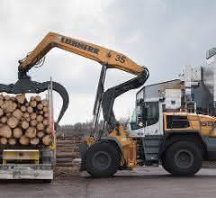 Spezialradlader: Liebherr-Radlader bei Ilim Timber Bavaria im Einsatz