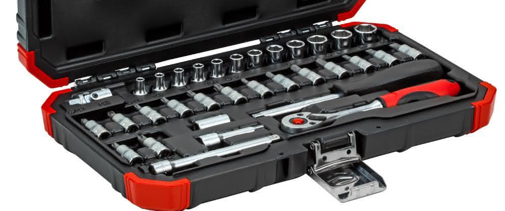 Werkzeuge: 33 Helfer im Koffer