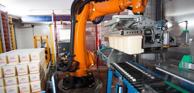 Roboter-Lagen-Palettierer: Wie der Kartoffelsalat zur Grillparty kommt