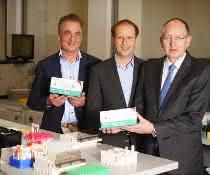 Links: Investor Dr. med. Thomas Lorentz, Mitte: Dr. Stefan Kloth, Geschäftsführer Osteolabs GmbH, Rechts: Carsten Jödicke, Prokurist MBG (Mittelständische Beteiligungsgesellschaft)