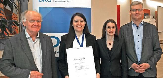 Von links: Gert Heinrich (IPF/TUD), Beatriz Basterra Beroiz (Goodyear), Cristina Bergmann (DKG-Vorsitzende), Stephan Westermann (Goodyear).