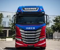 Gut vernetzt für lange Strecken: Neuer Iveco S-WAY in Madrid präsentiert