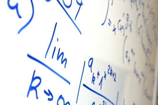 Formeln auf White Board