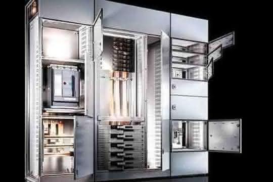 VX25-Schranksystem von Rittal