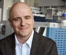 Chemiker Prof. Dr. Christoph Steinbeck von der Universität Jena hat gemeinsam mit Partnern eine Webanwendung entwickelt, die mögliche Produkte eines Enzyms vorhersagen kann.