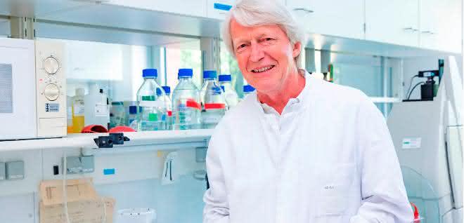 Ein wichtiger Schritt für die regenerative Medizin – MHH-Professor Heiner Niemann hat eine neue Generation von Stammzellen mitentwickelt.