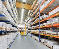 Aus materialfluss SPEKTRUM 2019: Fachbodenmodule als sichere Grundlage