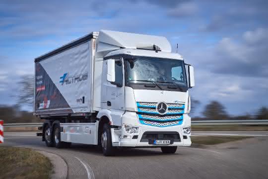 Elektro-Lkw im Praxiseinsatz: Mercedes-Benz eActros bewährt sich bei Logistik Schmitt