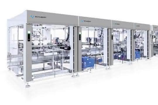 Die TLM-Anlage verpackt die Fläschchen in Kartonboxen