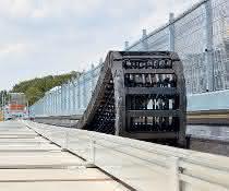 Neuer Teststand: Igus nimmt Highspeed-Anlage in Betrieb