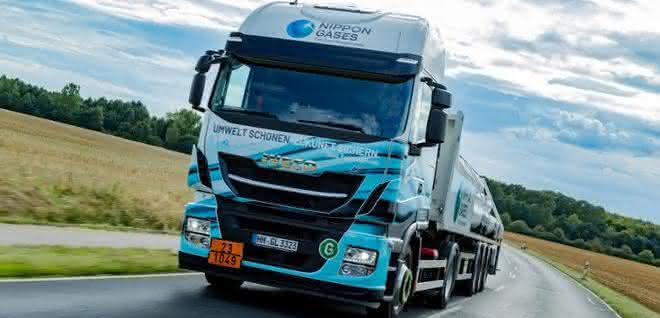 LNG-Zugmaschinen: Hoyer Group baut grüne Flotte aus