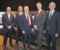 Lehmann und Voss-Geschäftsleitung (v.l.): Aage Barfuß, Soenke Thomsen, Peter Tschentscher (Erster Bürgermeister der Stadt Hamburg), Knut Breede, Thomas Oehmichen.