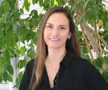 """Dr. Elvira Mass ist Leiterin der Forschungsgruppe """"Entwicklungsbiologie des Angeborenen Immunsystems"""" am LIMES-Institut der Universität Bonn."""