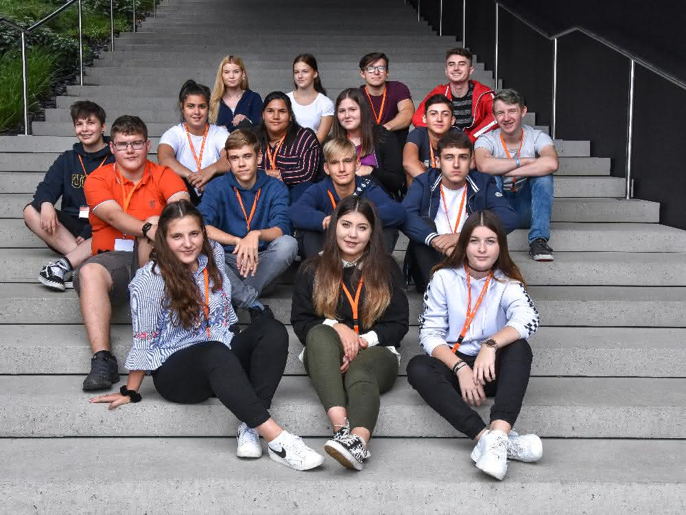 Ausbildungsbeginn: 72 Lehrlinge starten bei Gebrüder Weiss