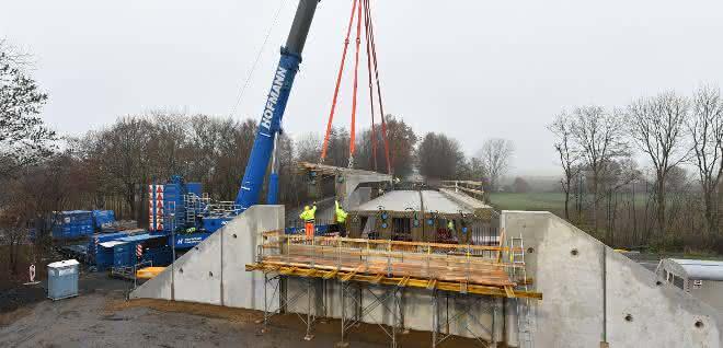 Fertigteile für den Brückenbau: Modulbauweise im Test