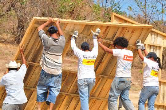 Global Volunteer Day 2019: DHL-Mitarbeiter unterstützen gemeinnützige Projekte