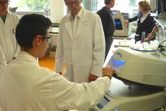 Von der Laborprobe zum Analysenergebnis: Seminartermine zur Feststoffanalytik