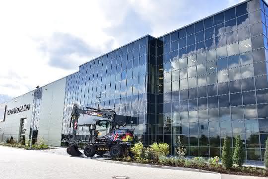 JCB eröffnet neue Deutschlandzentrale