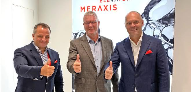 Stefan Girschik, CEO Meraxis, Robert Harting, CEO CPE Entsorgung, und Philipp Endres, Deputy CEO Meraxis, verkünden während der K2019 die neue Kooperation.