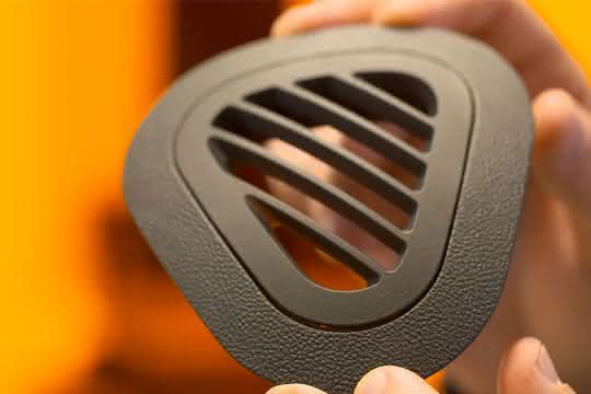 Kunststoffe ohne Werkzeuge angefertigt