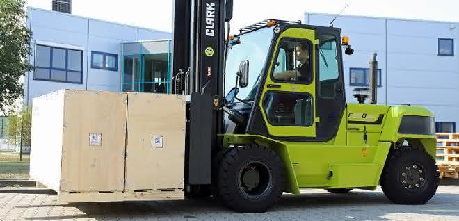 Gegengewichtstapler: Dieselstapler für acht Tonnen