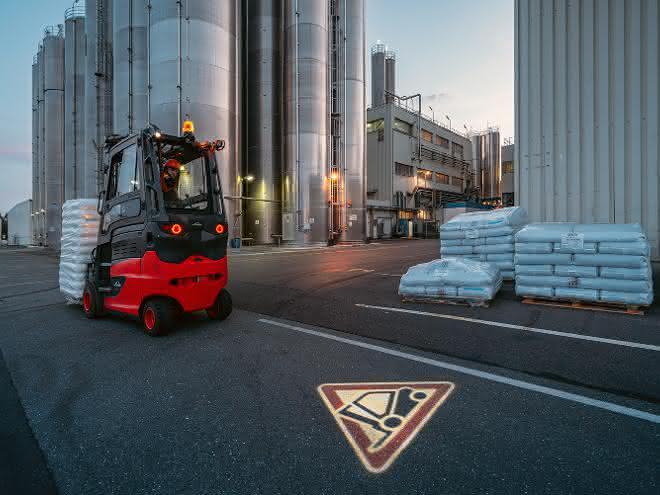 Sicherheitsfeatures: Unfallfrei durch die Regalgänge