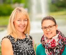 Prof. Henriette Uhlenhaut (links) und Erstautorin Dr. Fabiana Quagliarini (rechts),