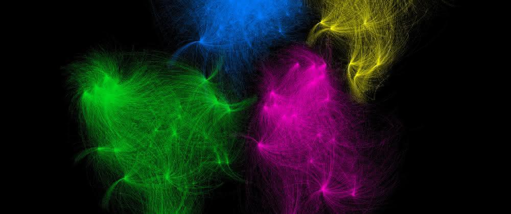 Feine farbige Netze (in den Farben grün,blau, pink, und gelb vor schwarzem Hintergrund)