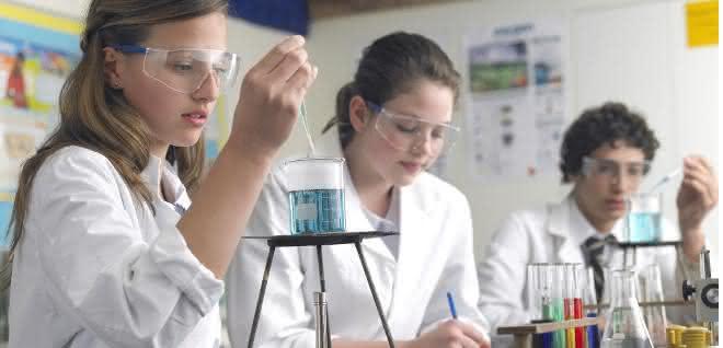 Chemielabor einer Schule