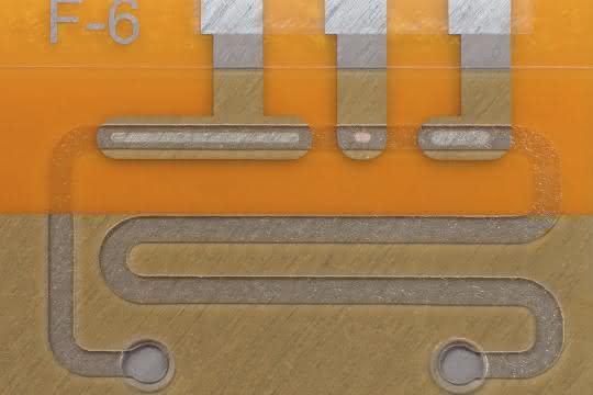 Biochip mit mikrofluidischem System
