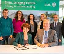Representatives from EMBL and Leica at signing ceremony in Heidelberg