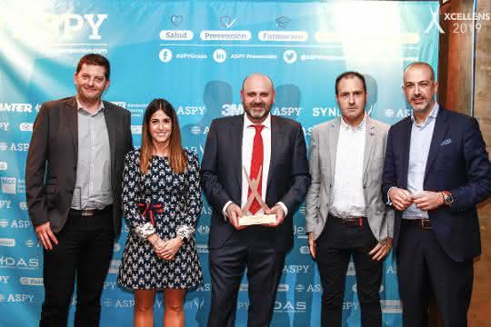 Award verliehen: AR Racking für vorbildliche Gesundheitsvorsorge ausgezeichnet