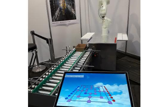 FMB in Bad Salzuflen: Roboter spielt Mühle