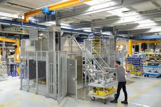 LogiMAT 2020: Hymer-Leichtmetallbau: Ergonomie beim Steigen