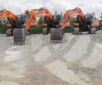 Doosan vervollständigt 30-40-Tonnen-Familie seiner Stage-V-Bagger