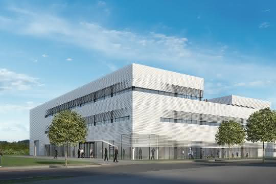 Besucher können sich am Messestand auch über die neuen Möglichkeiten der Modellfabrik, die in Würzburg auf über 1500 Quadratmeter Technikumsfläche entsteht, informieren.