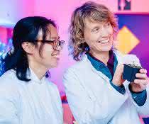Dr. Yanbo Mao, Prof. Rita Groß-Hardt und Dr. Thomas Nake im Labor
