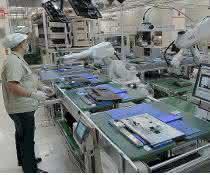 Roboter bei der Montage
