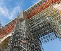 Brückensanierung mit Baukastensystemen: Viadukt gut gerüstet