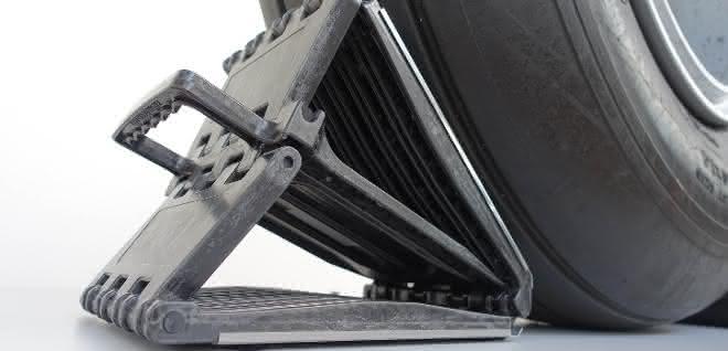 Der patentierte Unterlegkeil zeigt die Möglichkeiten des aCC-Verfahrens bei der Herstellung von 3D-Form- und Strukturteilen aus Faserverbund.