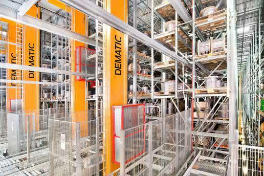 Automatisierte Palettenlagertechnik nach dem Baukastenprinzip