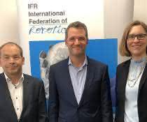 Armin Schlenk, Chairman IFR Marcom Group; Milton Guerry, IFR Präsident; Susanne Bieller, IFR General Secretary